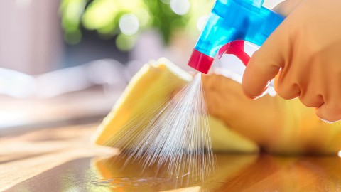 Maak je eigen milieuvriendelijke schoonmaakmiddel
