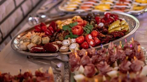 Maak een Italiaanse avond met een heerlijke antipastischaal