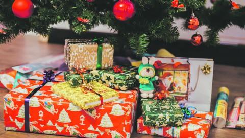 Inzamelingsactie Ons Nieuws, kerstcadeautjes voor de kinderen bij de Voedselbanken