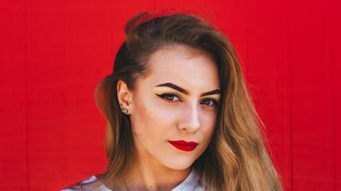 Nikkie de Jager maakt internationale serie LookLab voor Eurovisie Songfestival