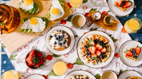 Brugklassers gaan ontbijten met de burgemeester